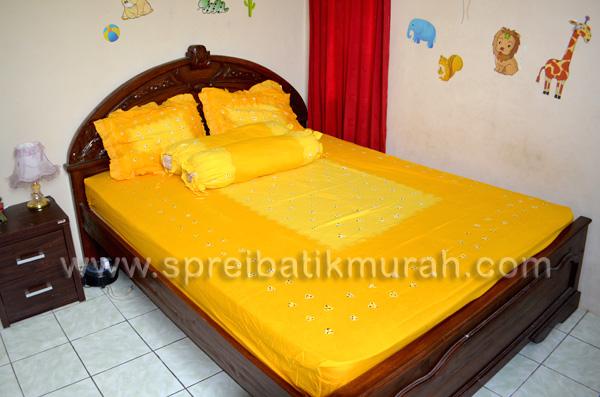 Seprei Batik Jumputan Kuning